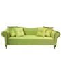 Elegancka, klasyczna sofa w stylu GONDOLA wykonana z velvetu z połyskiem, ozdobiona złotymi nitami.