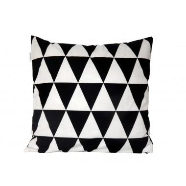 Poszewka na poduszkę w trójkąty.