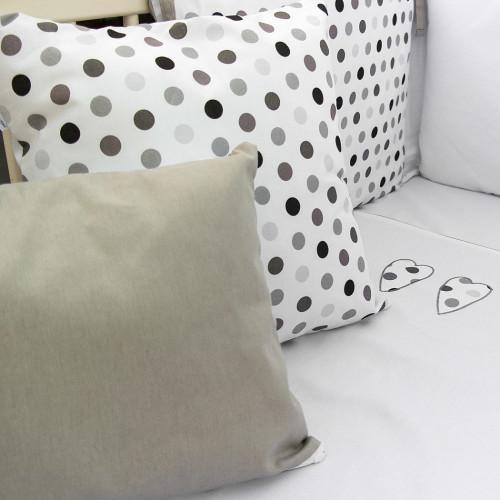 Love - poduszka ozdobna w groszki 40x30 cm
