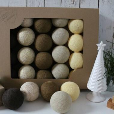 Cotton Balls. Kulki świecące w świątecznych kolorach.