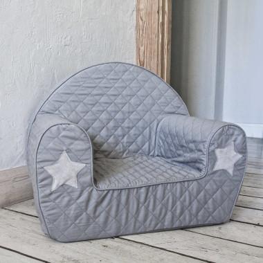 Miękkie i wygodne siedzisko dla dzieci od 9 miesięcy ozdobione gwiazdkami z futerka minky.