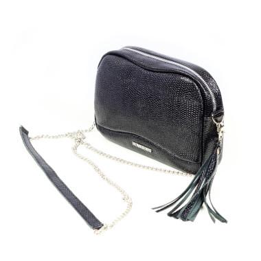 Mała, czarna,uniwersalna i minimalistyczna skórzana torebka z frędzlem– skóra licowa – srebrny łańcuszek.