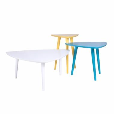 Komplet lekkich fantazyjnych stolików Trio.Stoliczki sprawdzają się zarówno jako ławy; stoliki kawowe lub elementy dekoracyjne