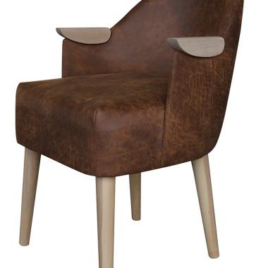 Oryginalny fotel z drewnianymi podłokietnikami  inspirowany wzornictwem lat 60-tych . Bardzo wygodny, idealny do salonu, sypialni lub butiku.