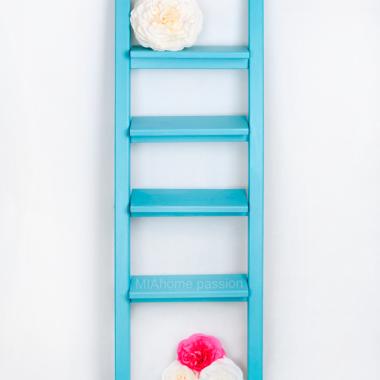 Drabina dekoracyjna Simple T- ozdobna drabina z drewna- turkusurquoise small
