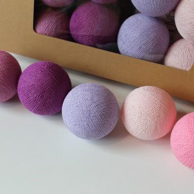 Kule cotton balls-kolorowa girlanda świetlna z kulek.