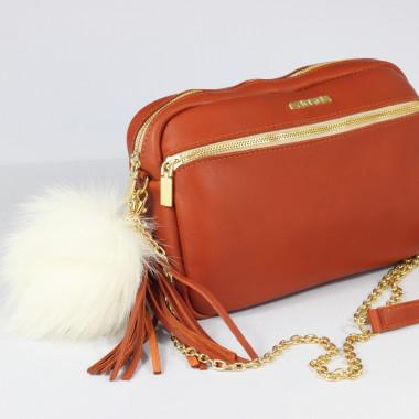 Torebka skórzana ruda z pomponem-uniwersalna, wygodna, do noszenia w ręce oraz na ramieniu