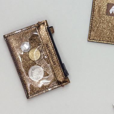 MIKRO +\- minimalistyczny skórzany portfel/wizytownik w kolorze złotym