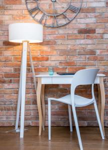 Ragaba biurko LILLO średnie biała lampa Wanda sklejka białe krzesło UFO