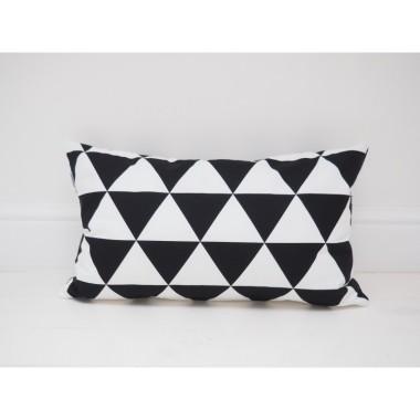 Prostokątna poduszka duże trójkąty