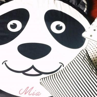 Mata panda z imieniem