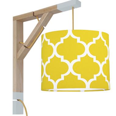 Lampa typu kinkiet nad biurko, idealne oświetlenie do pracy lub czytania lub pokoju dziecięcego. Abażur koniczyna marokańska inspirowany trendami designu z Nowego Jorku.