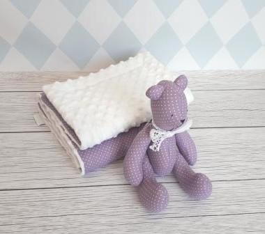 Kocyk fioletowy w białe kropeczki