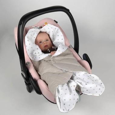 Gwiazdki - pudrowa szarość - pikowany śpiworek-otulacz do fotelika samochodowego