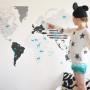 Mapa świata na ścianie. Walory dekoracyjne i edukacyjne. Do pokoju kilkulatka i nastolatka.