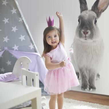 Przemiły królik, ozdobi pokój dziecka.