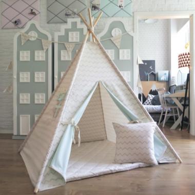 Namiocik dziecięcy w wysmakowanych kolorach. Można ustawić go zarówno w pokoju dzieci jak też w ogrodzie lub na balkonie.