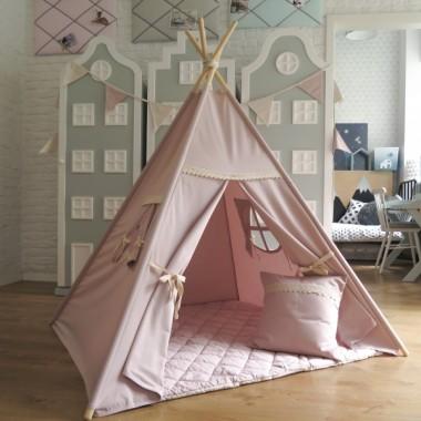 Namiot w kolorze brudnego różu. Można go ustawić zarówno w pokoju dziecka jak i w salonie lub na balkonie.