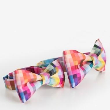 Satynowe, wzorzyste i kolorowe nieformalne muszki. Świetny prezent.