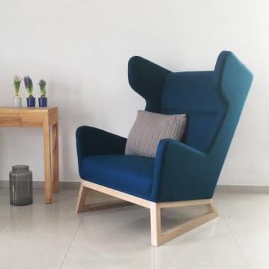 Designerska propozycja klasycznego wielkiego fotela wykonana z doskonałych materiałów.