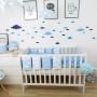 Biało-niebieska kolekcja tekstyliów dla dzieci w chmurki Blue Sky - pościel, ochraniacz, kocyki oraz poduszeczki dekoracyjne