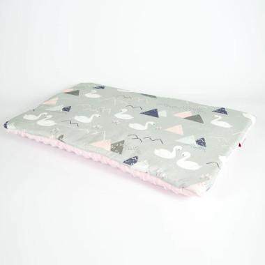 Płaska poduszka do łóżeczka 40x60 łabędzie