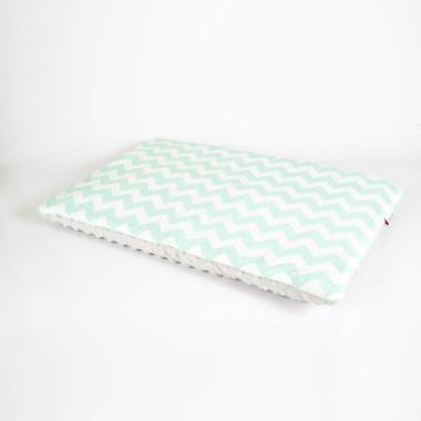 Płaska poduszka do łóżeczka 40x60 miętowe zygzaki