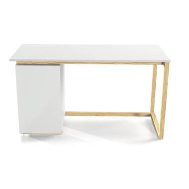Białe biurko z szafką boczną, pasuje do wnętrz w stylu skandynawskim