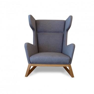 Duży fotel Lord - drewniany w szarej tapicerce