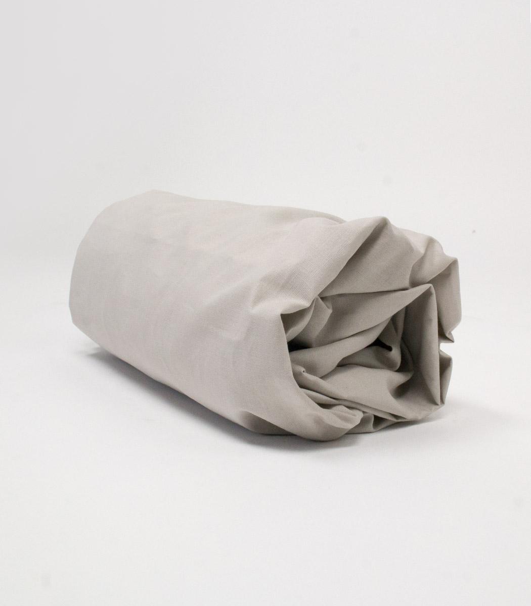 Eleganckie prześcieradło z gumką wykonane z najwyższej jakości tkaniny- do łóżeczka