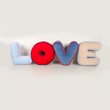 LOVE - literko/poduszki