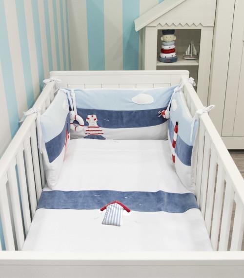 Pościel + ochraniacz do łóżeczka dziecięcego wykonane z najwyższej jakości tkaniny.