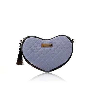 Torebka Lovka w kształcie serca, idealna do zabrania kilku niezbędnych rzeczy, które zawsze należy mieć przy sobie.Lovka.Farbotka.