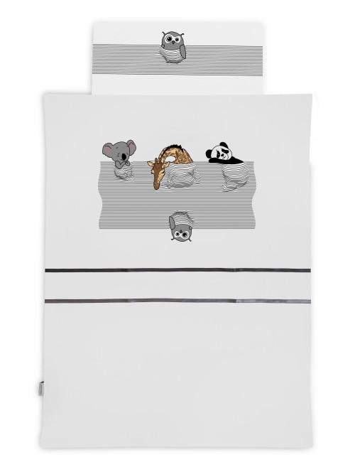 Pościel dziecięca dla przedszkolaka białó-czarna z motywem śpiących zwierzątek: misia koala, żyrafy i pandy