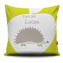 Miękka ozdobna poduszka z kolorowym nadrukiem z jeżami- dla dziecka