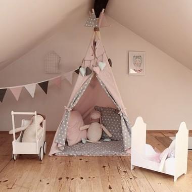 Namiot indiański Tipi różowo-szary z dwustronną podłogą. Idealny do zabawy w domu, tarasie oraz w plenerze.