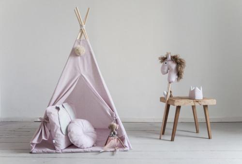 Namiot indiański Tipi różowy z dwustronną podłogą. Idealny do zabawy w domu, tarasie oraz w plenerze.