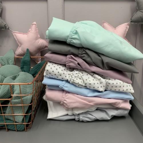 Bawełniane prześcieradło z gumką do łóżeczka dziecięcego-szare, w kropki, różowe, niebieskie, miętowe, grafitowe, lawendowe, białe.