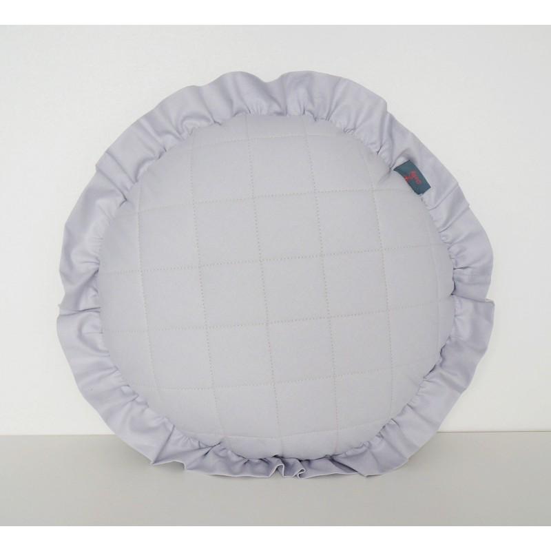 Szara pikowana okrągła poduszeczka z falbanką do pokoju dziecięcego