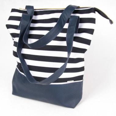 Praktyczna, pojemna torba (shopper bag) o prostokątnym kształcie w granatowo-białe pasy
