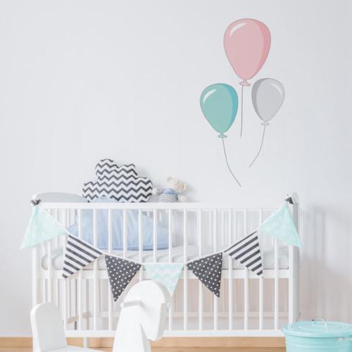 Baloniki w pastelowych kolorach dodadzą wesołego nastroju w pokoju małego dziecka lub nastolatka.