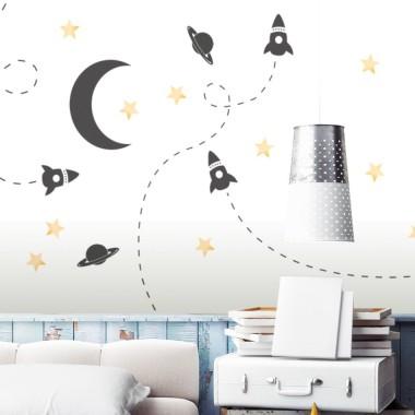 Dekoracja ściany - oszczędna grafika w doskonałym stylu. Ozdobi pokój nastolatka a także maluszka.