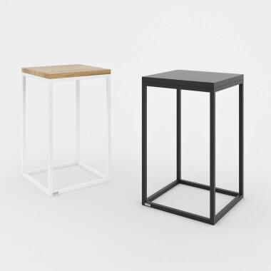 GOODNIGHT to komplet dwóch niewielkich, minimalistycznych stolików, które mogą pełnić funkcję zarówno stolików nocnych, jak i pomocniczych