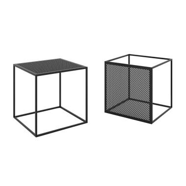 Industrialne stoliki kawowe MOTIVO łączą prostą i geometryczną formę z dekoracyjnością blatu.