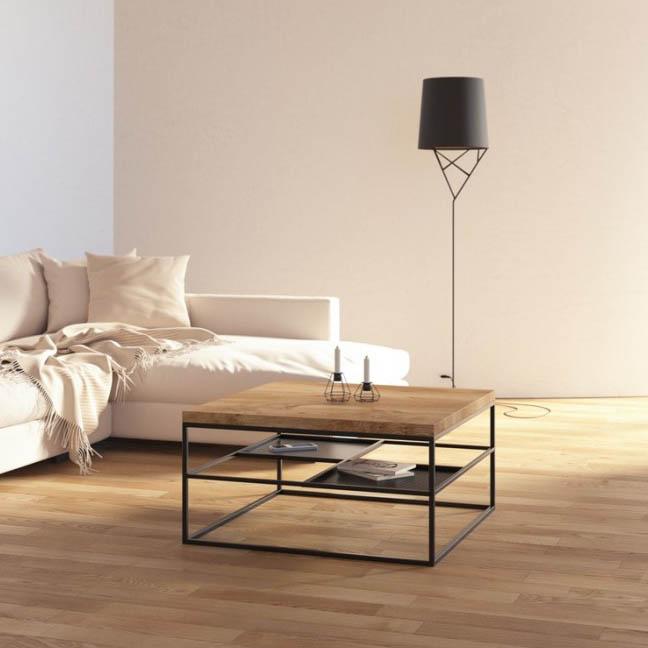 Nowoczesny industrilany stolik kawowy z drewnianym blatem i czarną podstawą