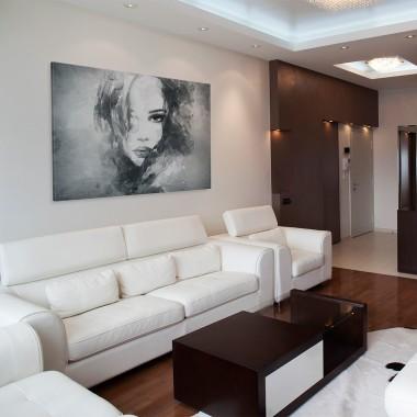 Piękna czarno-biała grafika - ozdobi wnętrze z jednym dominującym kolorem.