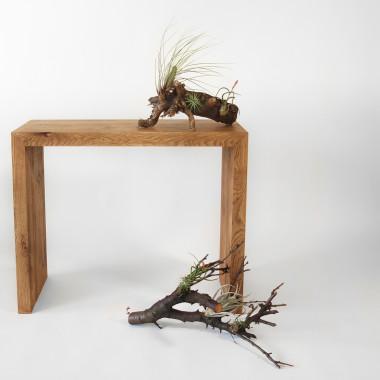 Prosta minimalistyczna konsola classic z litego drewna dębowego