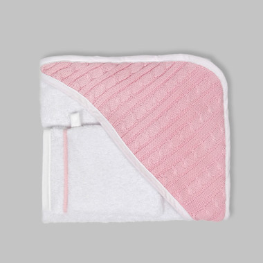 Miękkie, przyjazne dziecku różowe okrycie kąpielowe z myjką