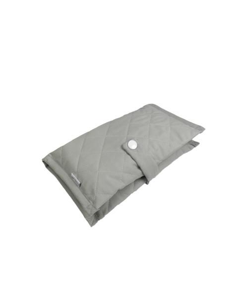 Praktyczne, wygodne etui na pieluszki i chusteczki szare