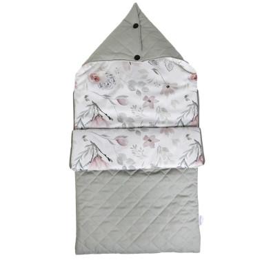Pikowany, szary, rozpinany śpiworek z kapturem w kwiaty z magnolii
